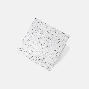 Elegante Terrazzo Pebble Honed Tile