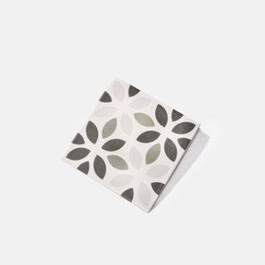 Revival Clover Tile